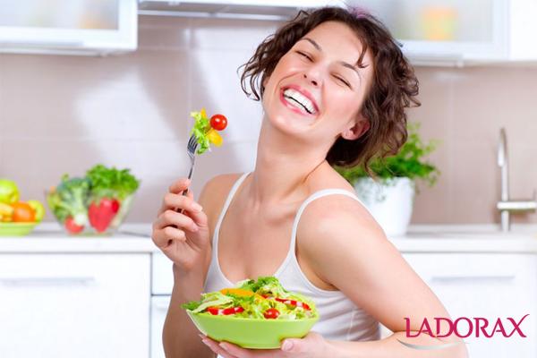cách chăm sóc da nám bằng cách bổ sung thực phẩm