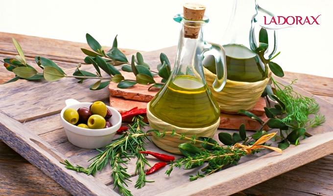 dầu oliu được làm từ gì