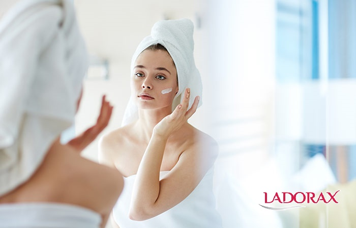 cách chăm sóc da mặt hằng ngày