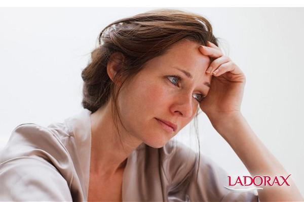 nguyên nhân suy giảm nội tiết tố nữ